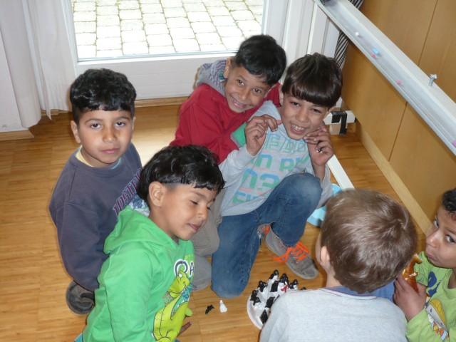 Internat.Café 9.4.16 - Kinder
