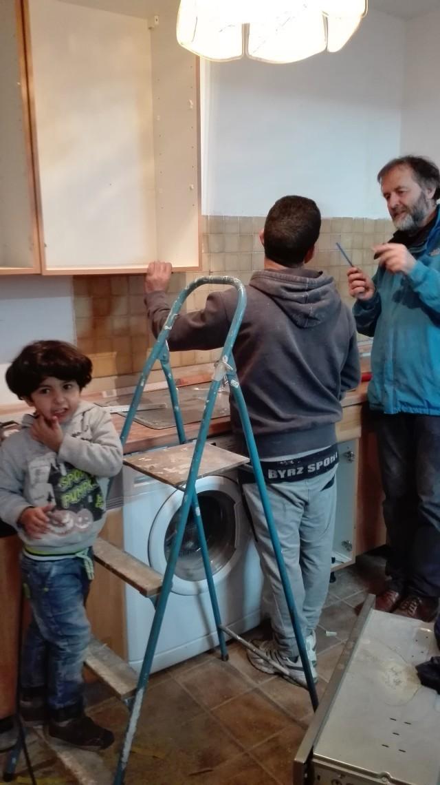 Küche Aljalelas mit Henning - 5.1.17